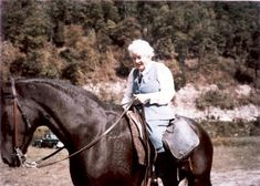 leslie co.  ky pictures | Leslie County Frontier Nursing Mrs. Mary Breckingridge