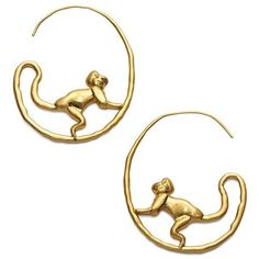 Tory Burch Monkey Hoop Earrings (4,650 MXN) ❤ liked on Polyvore featuring jewelry, earrings, accessories, bijoux, gold, clay earrings, monkey earrings, earring jewelry, tory burch jewellery and tory burch jewelry