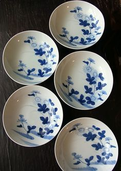 Japanese tableware / Japan / Japanese Antiques / Japanese Art : More At FOSTERGINGER @ Pinterest️