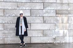 Connected to Fashion / URBAN STREETS //  #Fashion, #FashionBlog, #FashionBlogger, #Ootd, #OutfitOfTheDay, #Style
