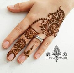 Simple Henna Designs Paradise Another Design From Yesterday Mehendi - mehndi - Henna Designs Hand Henna Hand Designs, Easy Mehndi Designs, Latest Mehndi Designs, Mehndi Designs Finger, Mehndi Designs For Beginners, Mehndi Designs For Fingers, Beautiful Henna Designs, Henna Tattoo Designs, Bridal Mehndi Designs