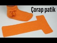 10 Dakikada Çorap Patik Ör - The Most Beautiful SharesEn kolay örgü çorap patik / yeni yıl için Harika bir hediye / kol.Easy to Fold Slippers – Tutorial Crochet/Knit - Design PeakRavelry: Easy to Fold Slippers pattern by Figen Arar Gestrickte Booties, Knitted Booties, Knitted Slippers, Slipper Socks, Women's Booties, Easy Knitting Patterns, Knitting Designs, Knitting Projects, Crochet Patterns
