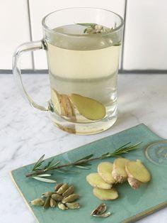 Laatst was ik een dagje in Alkmaar en bij een van de vele hotspots kreeg ik toch zo een heerlijk thee: verse kardemom thee met o.a. gember. Deze thee is...