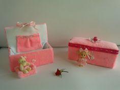 joyeros en terciopelo rosa http://cajas-enteladas.jimdo.com/cajas-para-ni%C3%B1os/