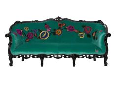 Oriental inspired antique Victorian sofa in jade green french velvet. Appliqued hand-embroidered flowers trail along the back and arms chinoiserie style. Suzani Fabric, Victorian Sofa, Velvet Furniture, Lounge Suites, Embroidered Flowers, Chinoiserie, Sweet Home, Interior Decorating, Cushions