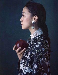 蒼井優 Yu Aoi, Diamond Earrings, Pearl Earrings, Japanese Girl, Daniel Wellington, Crochet Earrings, Actresses, Instagram, Jewelry