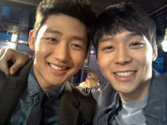 "12 Korean actors who are best friends in real life - Yoochun and Lee Tae Sung - Although they played bitter rivals in Rooftop Prince, the two actually became close friends on the set of the series, especially when Lee helped console Park after the death of his father. Lee Tae Sung said of their friendship, ""We only have to say a few words to each other and we know exactly what the other person is thinking."""