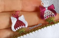 ip-bukmeli-laleli-igne-oyasi Needle Lace, Eminem, Needlework, Crochet, Flowers, Crafts, Creative, Point Lace, Crochet Animals