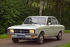 Nsu Ro80, Kdf Wagen, Audi 100, Good Looking Cars, Vw Group, Car Camper, Volkswagen Group, Geneva Motor Show, Vw Cars
