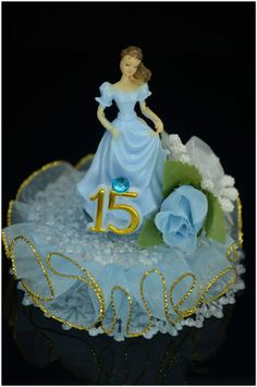 Sweet 15 Centerpieces, Quince Centerpieces, Quinceanera Favors, Quinceanera Centerpieces, Sweet 16 Birthday, 16th Birthday, Birthday Parties, Candle Art, Chocolate Bouquet