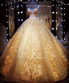 Elegant Tulle Off-the-shoulder Neckline Basque Waistline Ball Gown Wedding Dress With Beaded Lace Appliques #beautifulbeddings