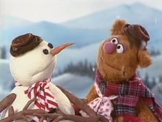 """#holidayfilmreviews looks at """"A Muppet Family Christmas"""" as part of Muppetfest 2014:  http://holidayfilmreviews.blogspot.com/2014/12/a-muppet-family-christmas.html"""