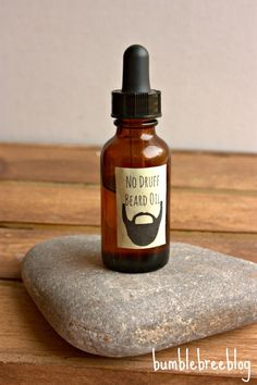 No Druff Beard Oil Recipe for Dad as a Homemade Father's Day Gift Idea