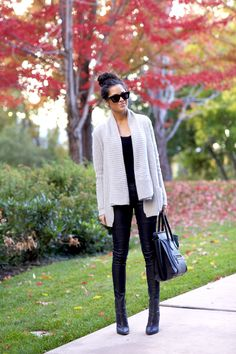 I love huge sweaters. Pink Peonies by Rach Parcell | A Personal Style, Beauty & Home Blog