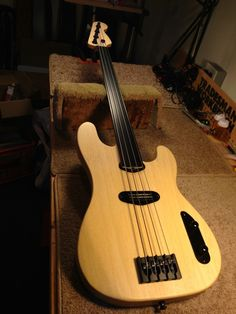 What My Builders Are Up To: Fretless '51 P-Bass | Jay Scott Guitar