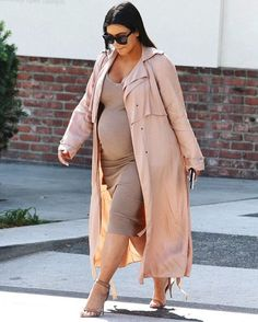 """""""Kim out in Beverly Hills yesterday (22/10/15)"""""""