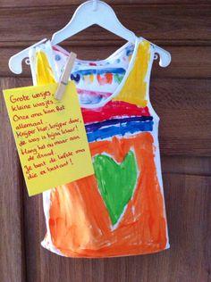 Moederdag kado (hier voor oma gemaakt): wasknijperzakje van een oud hemd