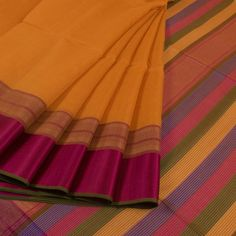 Handwoven Maheshwari silk Cotton Saree With Kota Checks & Striped Pallu 10019462 - AVISHYA.COM
