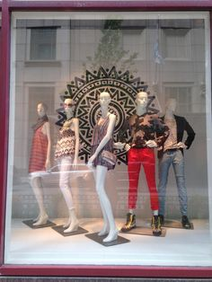 """SAKS FIFTH AVENUE, Chicago,Illinois,USA, """"3 girls and 2 boys"""", display by Sue Hawks, pinned by Ton van der Veer"""