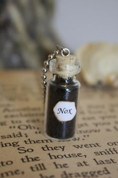 ON SALE Harry Potter Potion  Nox Vial Necklace by spacepearls, 11.90