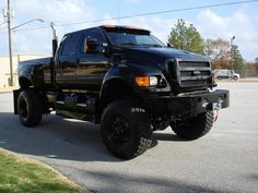 Camouflage International CXT Pickup Truck   FORD F650 Extreme 4x4 Crew Cab