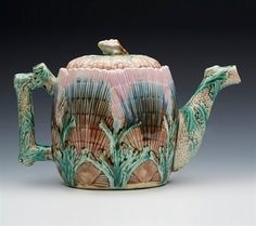 Superb American Griffen Smith & Hill Seaweed Majolica Teapot C.1880