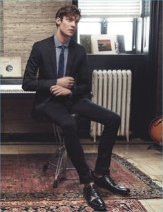Matthew Hitt for #expressmen S/S 2017♥ #MatthewHitt #Models #Fashionblog #Fashionblogger #Drowners #MattHitt