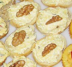 Ocka s cesnakovou pomazankou (Mirlenka) Camembert Cheese, Dips, Food And Drink, Sandwich Spread, Recipes, Sauces, Dip