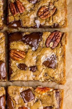 Brown Butter Bourbon Pecan Chocolate Chunk Blondies - Baker by Nature recipes desserts baking Butter Pecan, Brown Butter, Dessert Thermomix, Cupcake Cakes, Cupcakes, Bourbon, Snacks, Chocolate Chip Muffins, How Sweet Eats