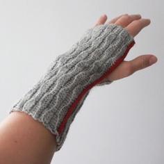 Lutter Idyll: Crocheted wrist warmers