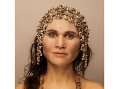 Elisabeth Daynès seeks to reveal the secrets of ancient bones and give ancient humans, such as this Homo sapien from Cop Blanc in France, their face, identity and humanity back. Forensic Facial Reconstruction, Field Museum, Human Evolution, Anthropologie, Elisabeth, Dordogne, Stone Age, Prehistory, Archaeology