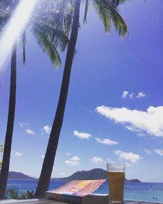 A good book cold Toohey's beer great view and heaps of sunscreen! #photooftheday #fitzroyisland #foxysbar #australia #aussielife #aussielove #australiagram #aussiephotos #americaninaustralia #greatbarrierreef #islandlife #tooheys #tooheysextradry #bigmagic #elizabethgilbert #eatpraylovetravel #eatpraylove #travel #solotravel by emmilyg http://ift.tt/1UokkV2