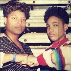 Queen Latifah & Monie Love in the early days of hip hop (late Love N Hip Hop, Hip Hop And R&b, 90s Hip Hop, Hip Hop Rap, Lowrider, New School Hip Hop, Hiphop, Rapper Delight, Afro