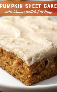 Pumpkin Pie Cake with Brown Butter Frosting Recipe Pumpkin Recipes Free. - Pumpkin Pie Cake with Brown Butter Frosting Recipe Pumpkin Recipes Freestyle sheet cake - Food Cakes, Cupcake Cakes, Köstliche Desserts, Delicious Desserts, Healthy Desserts, Brown Butter Frosting, Browned Butter Frosting Recipe, Pecan Pumpkin Butter Recipe, Pumpkin Sheet Cake