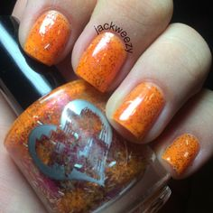 Pumpkin Spice by Cascade Polish. Top/base by Glisten and glow. Dried by our USpicy Seashell Fan. Photo by jackweezy on Instagram