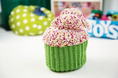 Jingle & Jolly #Crochet Cupcakes #holiday #decorations