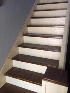 Post with 124 votes and 54065 views. Tagged with The More You Know; Shared by How to make a skirt board for preexisting stairs. Stairs Skirting, Stairs Trim, Stair Railing, Stairs Balusters, Railing Ideas, Basement Steps, Basement Bedrooms, Garage Stairs, Open Basement