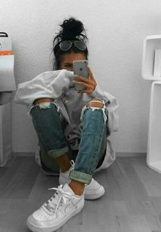 streetwear street style clothes look outfit ootd Style Outfits, Mode Outfits, Trendy Outfits, Winter Outfits, Fashion Outfits, Fashion Trends, Tumblr Summer Outfits, Cold Day Outfits, Ghetto Outfits