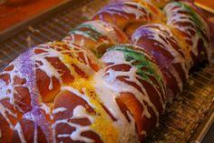 Celebrate Mardi Gras with Vegan King Cake Recipe - Ecorazzi