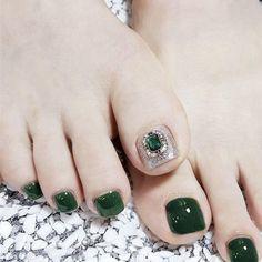 Pedicure Designs, Pedicure Nail Art, Toe Nail Designs, Toe Nail Art, Cute Toe Nails, Pretty Nails, Green Toe Nails, Feet Nail Design, Feet Nails