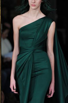 Detailed photos of Alexis Mabille Haute Couture Spring 2015 Couture Fashion, Runway Fashion, Look Formal, Evening Dresses, Formal Dresses, Looks Vintage, Zuhair Murad, Mode Style, Beautiful Gowns