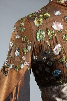 Buy online, view images and see past prices for An Alexander McQueen for Givenchy couture. Invaluable is the world's largest marketplace for art, antiques, and collectibles. Alexander Mcqueen, Fashion Details, Fashion Design, Lesage, Costume, Historical Clothing, Fashion Outfits, Womens Fashion, Indian Outfits