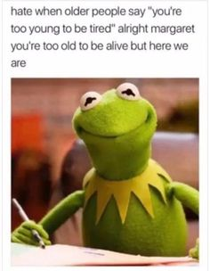 It's easy to laugh about being a Millennial with these super-relatable funny memes and quotes about what it's like to be part of Generation Y. If you were born between 1981 and see if you can relate to these funny millennial memes. Memes Humor, Frases Humor, Funny Humor, Sarcasm Meme, Funny Sleep Memes, Sarcastic Memes, Humor Quotes, Meme Comics, Funny Cute