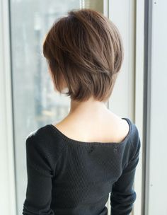 There's just something so beautiful about women and short hair....must be a confidence thing