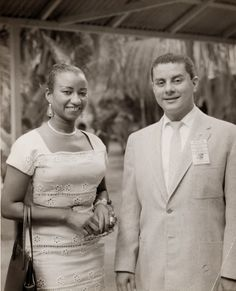 1969 The two greatest salseros in the world: Celia Cruz from Cuba and Tito Puente from Puerto Rico. Musica Salsa, Puerto Rico History, Puerto Rican Culture, Afro Cuban, Vintage Black Glamour, Latin Music, Jazz Musicians, Music Icon, Puerto Ricans