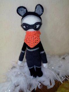 ROCO the raccoon made by Virginie G. / crochet pattern my lalylala