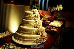 Mesa principal de casamento. Decoração exclusiva