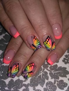 A Bit of Warmth in Manicure With Beautiful Butterflies neon pink Cute Nail Art, Beautiful Nail Art, Cute Nails, Pretty Nails, Cute Summer Nail Designs, Cute Summer Nails, Spring Nails, Nail Art Designs, Fingernail Designs