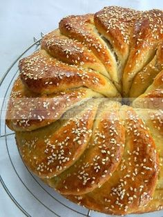Cooking Bread, Cooking Recipes, Greek Bread, Bread Cones, Bread Shaping, Armenian Recipes, Bread And Pastries, Artisan Bread, Greek Recipes