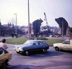 Demolition of the railway bridge on Thackerays Lane, Woodthorpe, Nottingham, History Photos, Local History, Derbyshire, Old Buildings, Nottingham, Old Photos, The Past, Young Lad, City